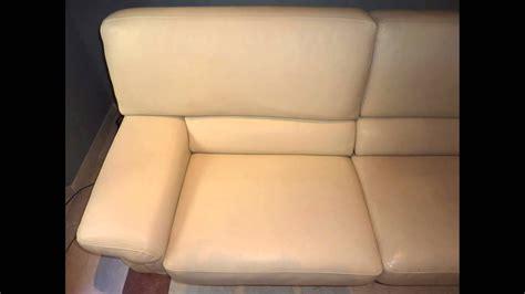 nettoyer canapé cuir nettoyer canapé cuir sans produits abrasifs et pour un