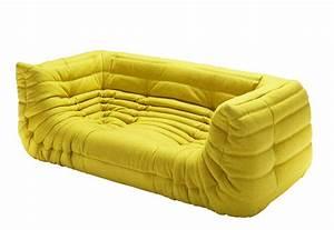 Couch Mit Klappbaren Armlehnen : togo sofa mit armlehnen von ligne roset stylepark ~ Bigdaddyawards.com Haus und Dekorationen
