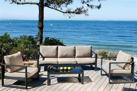 bureau gris taupe salon de jardin design en fer haut de gamme meuble et