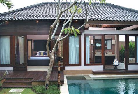 rumah tropis modern pengrajin tembaga kuningan gudang