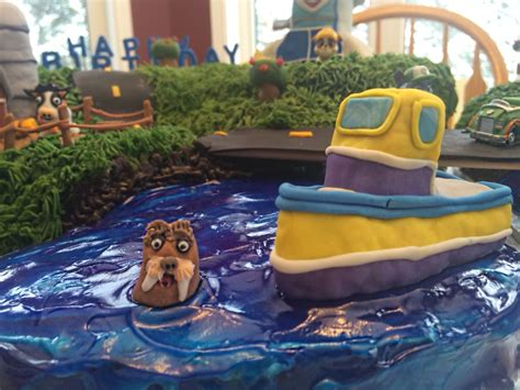 Paw Patrol Boat Cake by Paw Patrol Cake With Wally Next To Captain Turbot S Boat