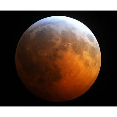 Please Note! Blood Red Eclipse Of The Moon Starts Monday