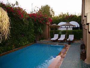 Location vacances villa marrakech 10 personnes piscine for Villa avec piscine a louer a marrakech