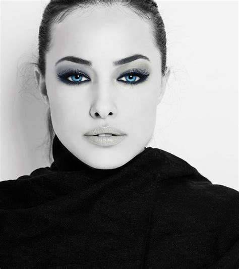 How To Do Makeup Perfectly Style Guru Fashion Glitz Glamour Style Unplugged