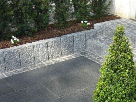 Randsteine Garten Ideen by Idee Treppe Hellgrauer Granit Randstein Als