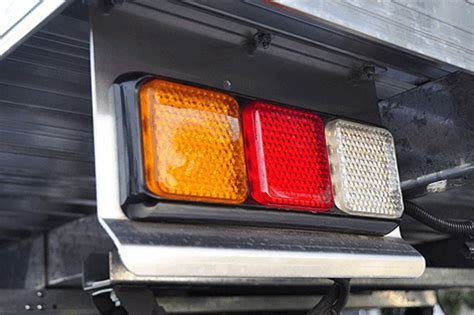LED Truck / Trailer Tail Light ? Future Light   LED Lights