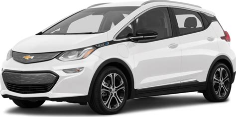 General motors confirmed today that its upcoming chevrolet bolt ev will carry a base sticker price of $37,495, but customers could wind up paying less than $30 with an available federal tax credit of up to $7,500, bolt buyers could wind up with a net cost of $29,995. New 2019 Chevrolet Bolt EV Premier Prices | Kelley Blue Book