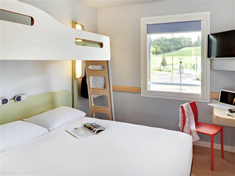 chambre ibis cool chambres ibis budget pourcain sur sioule with