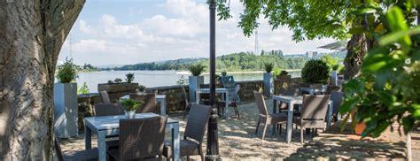 Restaurant Gretchens Garten Urbar Lounge Biergarten Essen