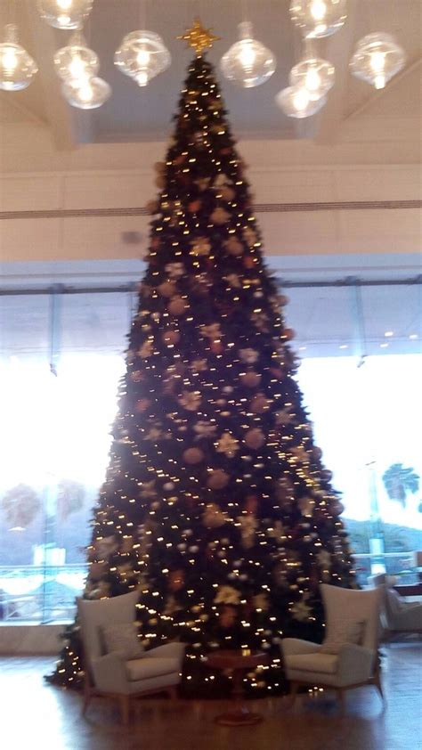 estructura  arbol de navidad gigante  en