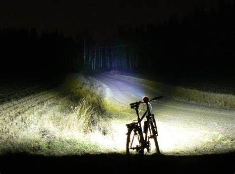 Le Velo Led 1000 Lumens by Mountain Bike Light Buyers Guide