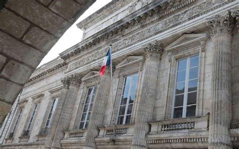 charente maritime condamn 233 pour agression sexuelle sur sa fille sud ouest fr