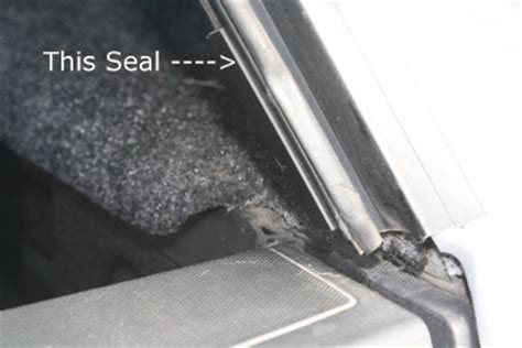 Boat Canopy Leaking by Canopy Door Seal Problems With New Leer Model 100xq Cap