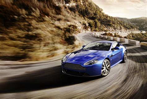 Aston Martin Vantage Backgrounds by Aston Martin V8 Vantage Wallpaper And Background Image