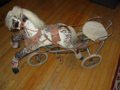 R Vintage Childs Toy Ride On Pedal Horse Sulky Tricycle