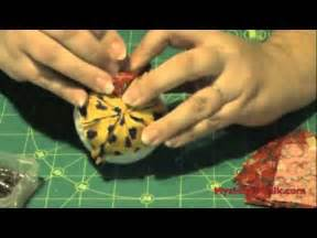 How to Make Quilted Christmas Ball Ornaments