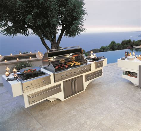 best outdoor kitchen designs designer laurie haefele s tips for the ultimate outdoor 4580