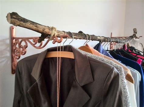 Kleiderstange Aus Ast by Diy Diy Kleiderstange Ast Astkleiderstange
