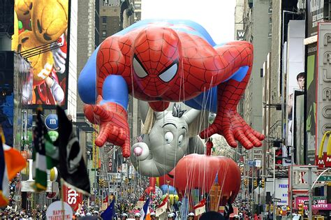 read   thanksgiving parade fun facts heads