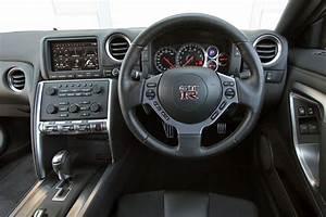 Nissan Gtr Interieur : nissan gt r d le doymuyor peugeot t rkiye forumlar peugeot ~ Medecine-chirurgie-esthetiques.com Avis de Voitures