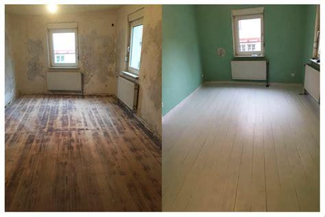 Fliesenaufkleber Fußboden by Fu 223 Boden Streichen Mit Kreidefarbe Misspompadour