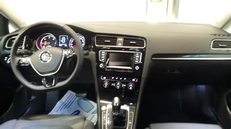 volkswagen golf 7 2 0 tdi150 fap bluemotion technology carat dsg 5p occasion 224 lyon neuville sur
