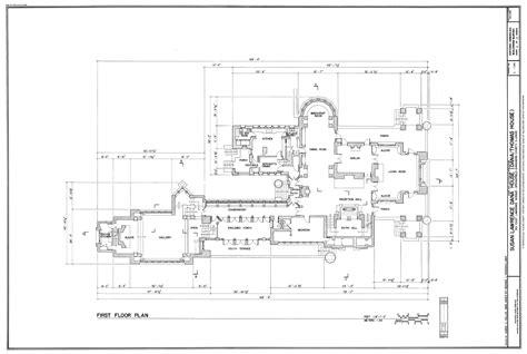 small floor l house