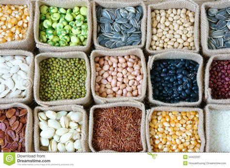 jeux de mister bean cuisine collection of grain cereal seed bean stock photo