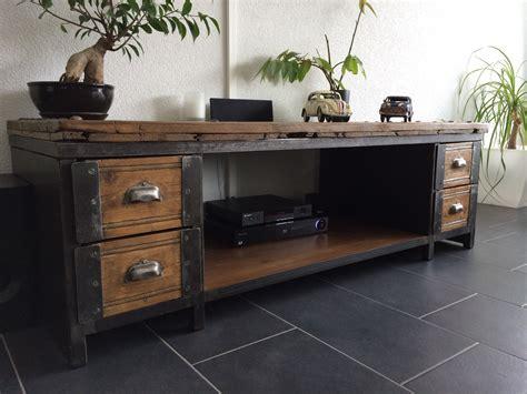 petit bureau vintage table basse meuble tv industriel atelier vintage