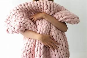 Plaid Grosse Maille Laine : o trouver un plaid en laine avec des grosses mailles ~ Teatrodelosmanantiales.com Idées de Décoration