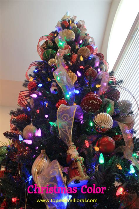 ideas for decorating multi colored lights christmas tree