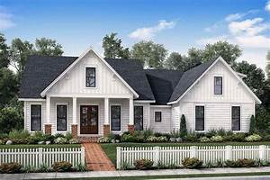 Exclusive Farmhouse With Bonus Room And Side Load Garage
