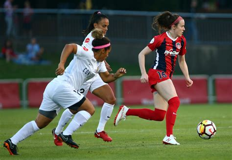 heres     uswnts rose lavelle play