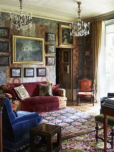 why maximalism is better than minimalism in home design