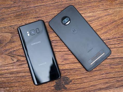 Moto Z2 Force Vs. Samsung Galaxy S8