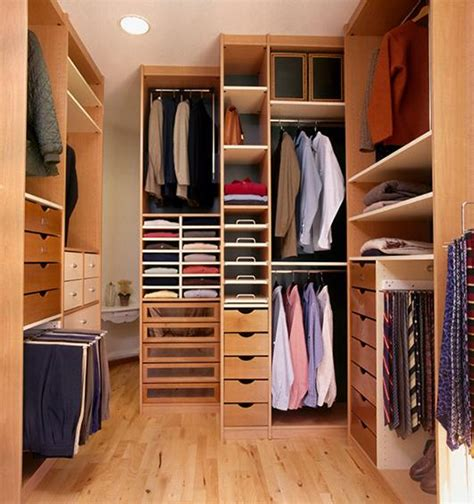 Photos Of Organized Closets by Closet Organizing Ideas Slideshow