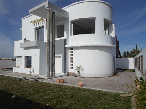 chambre colocation villa neuve et imposante avec piscine zone résidentielle
