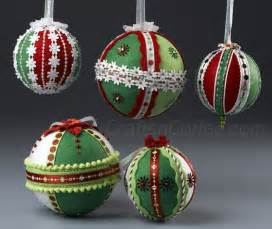 Christmas Ornaments to Make with Felt