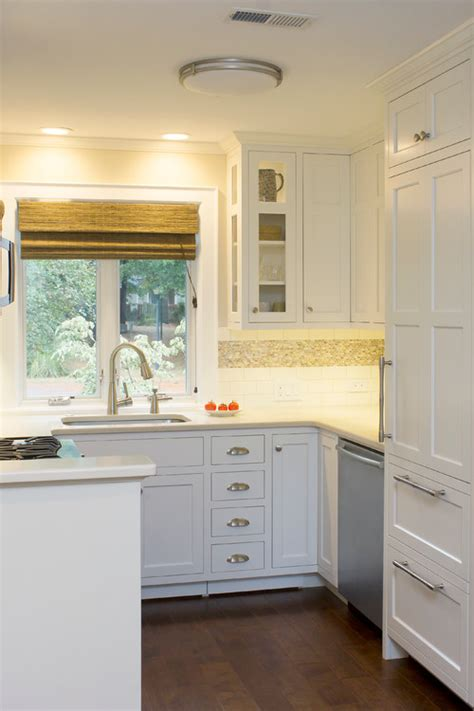kitchen cabinet ideas small spaces 10 big space saving ideas for small kitchens 7859