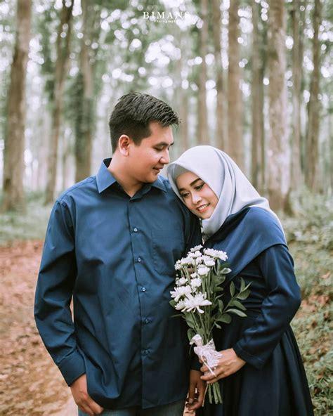 foto prewedding outdoor casual simple romantis