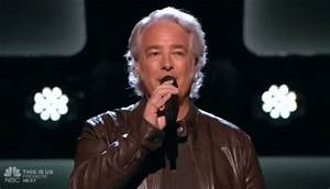 Dan Shafer sings 'Marry Me' on The Voice 11 Blind Auditions