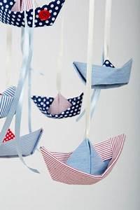 Schmetterling Am Kinderbett : 1000 ideen zu origami boot auf pinterest papierboote ~ Lizthompson.info Haus und Dekorationen