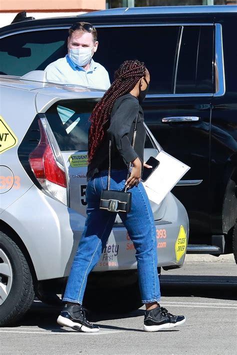 zahara marley jolie pitt graduates   driving