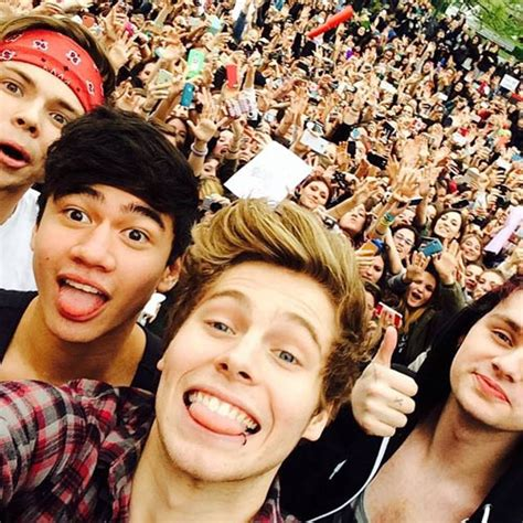 best fans for summer photos 5sos secrets