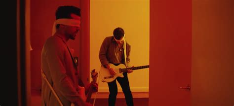"""Kings Of Leon  """"waste A Moment"""" Video & """"around The World"""
