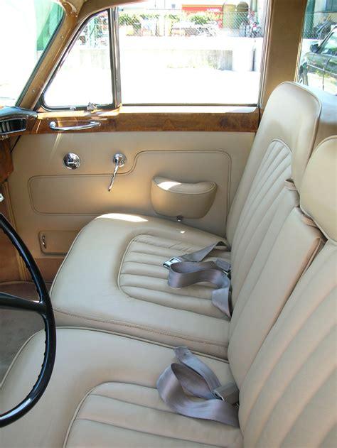 tappezzeria auto restauro tappezzeria auto d epoca www sellerieconta it