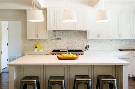 White Kitchen With White Mosaic Marble Backsplash
