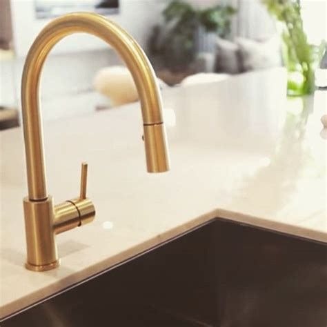 Brass Faucet Kitchen by 1000 Ideas About Brass Kitchen Faucet On