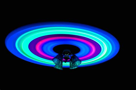10 Awesome Fun Things To Do With Glow Sticks