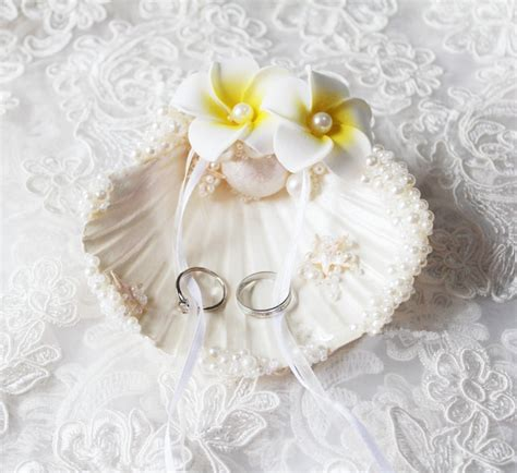 new arrival free shipping 11cm unique sweet handmade wedding ring pillow shell